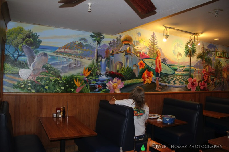 honeys-cafe-mural-encinitas-ca